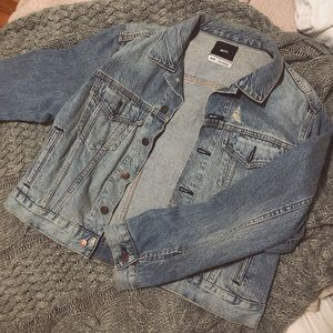 UO Vintage feel denim jacket